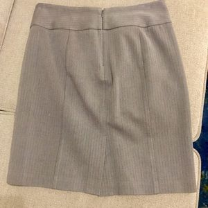 Banana Republic grey woven pencil skirt